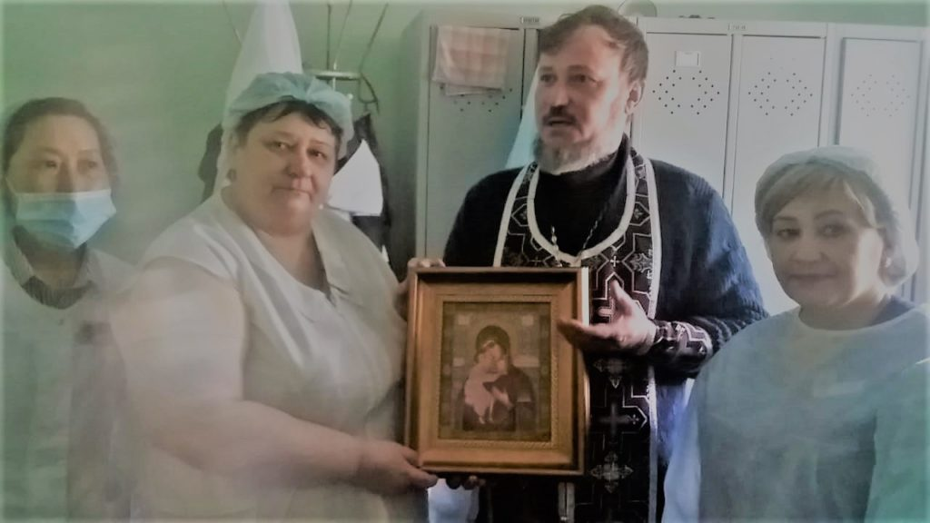 Церковь в больнице, окормление больных, паллиативная помощь в Астрахани